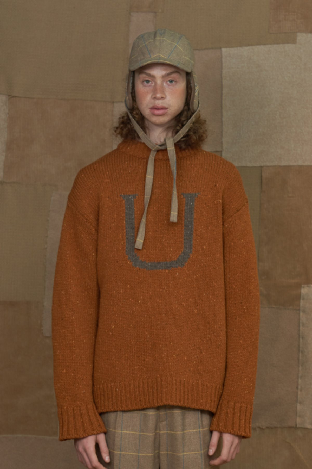 U LOGO KNIT / ORANGE