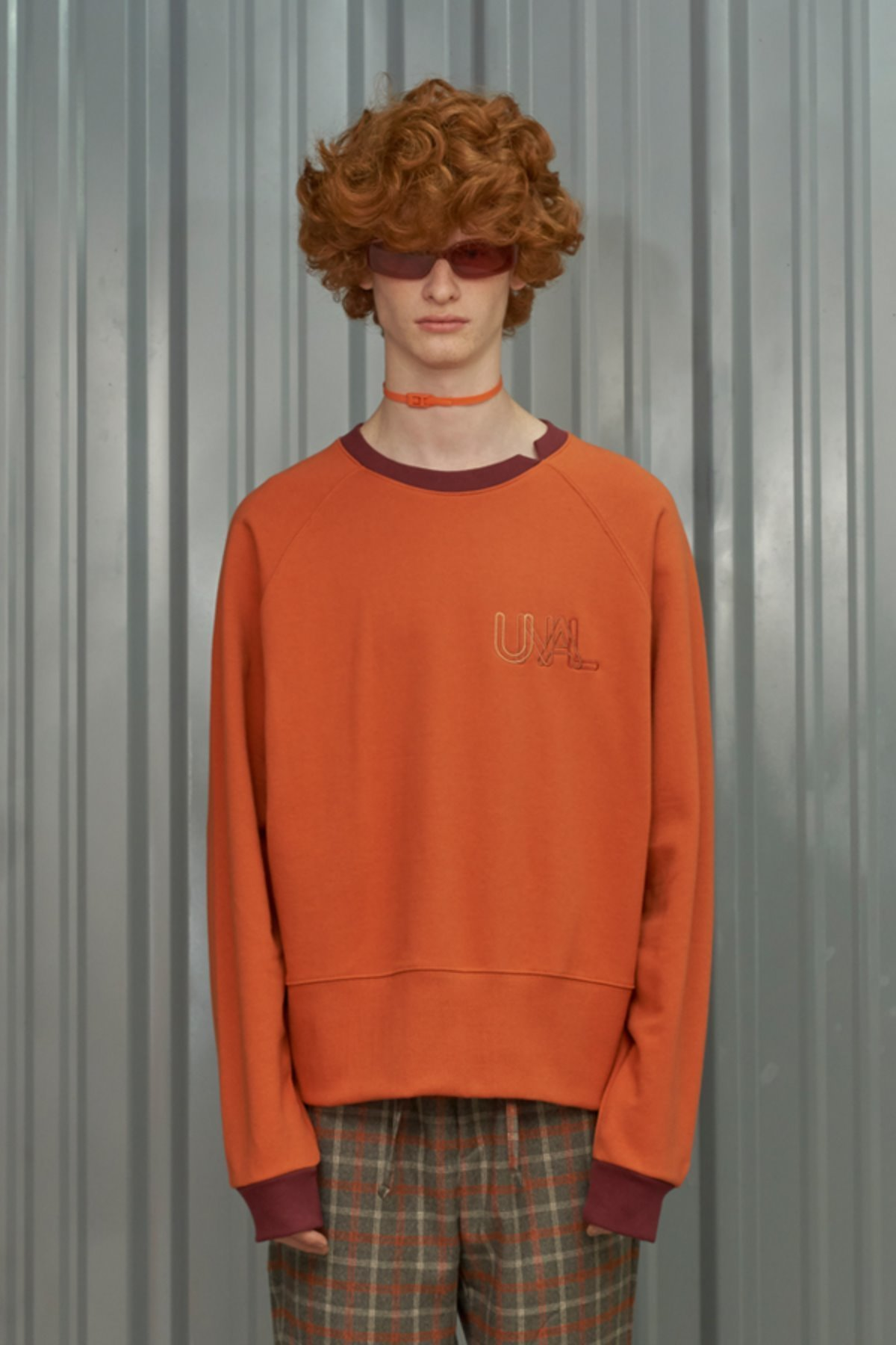 COLOR BLOCK SWEATSHIRT / ORANGE