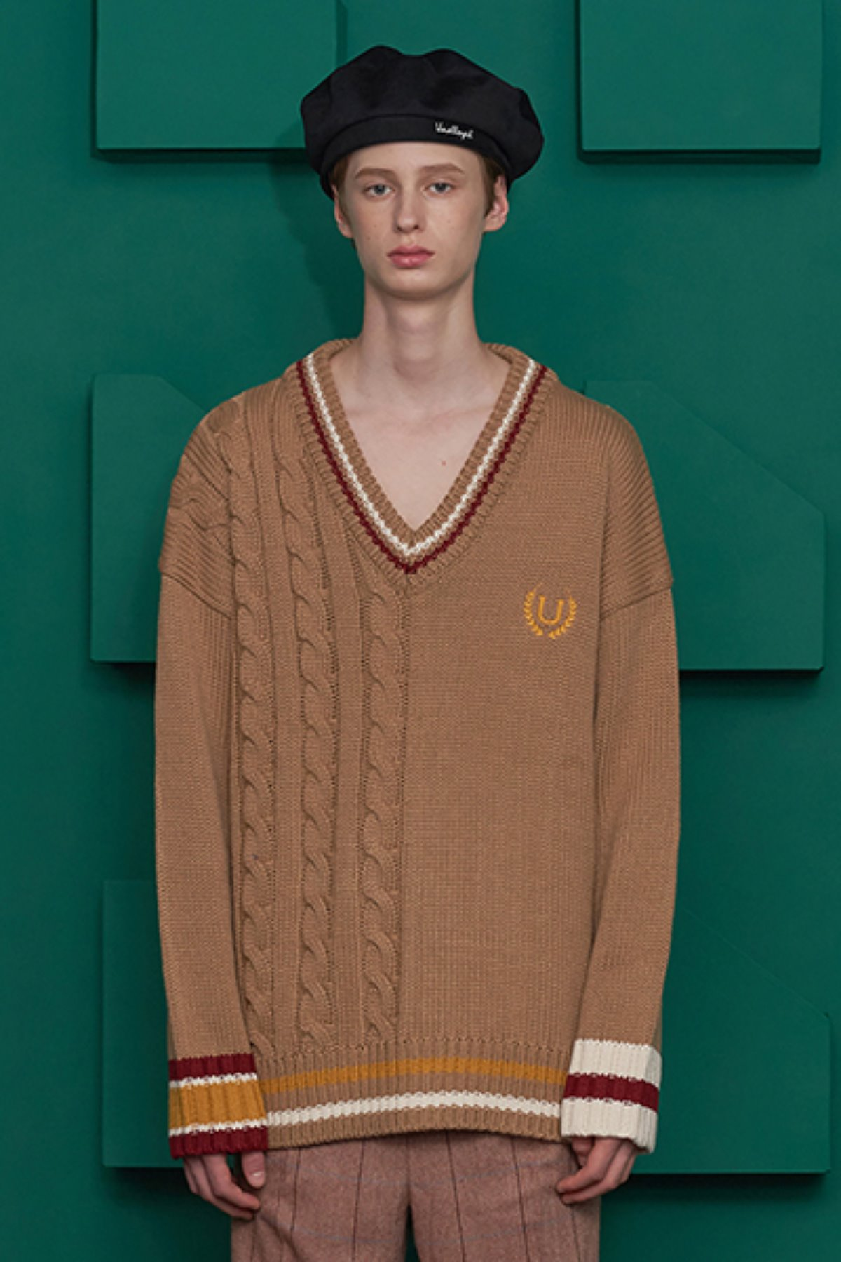 CABLE MIX V NECK KNIT / BEIGE