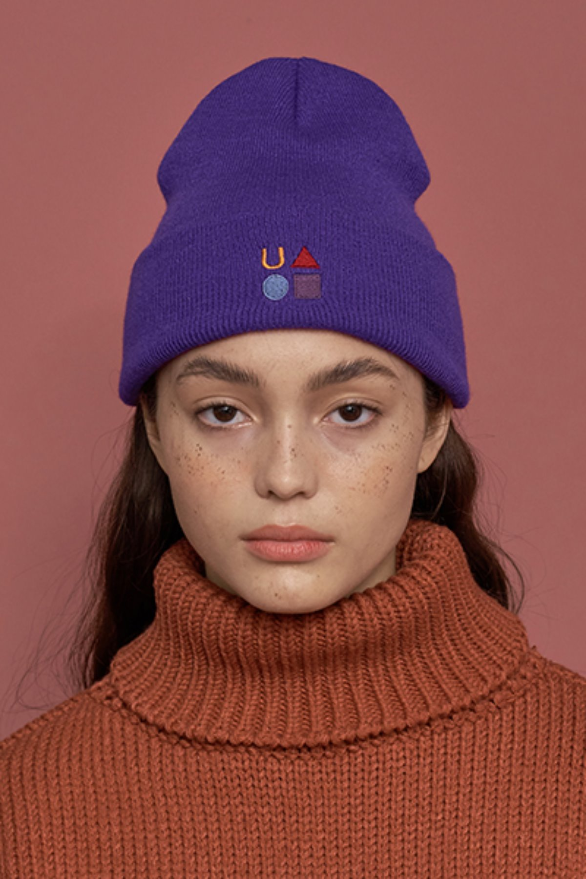 FIGURE LOGO BEANIE / PURPLE